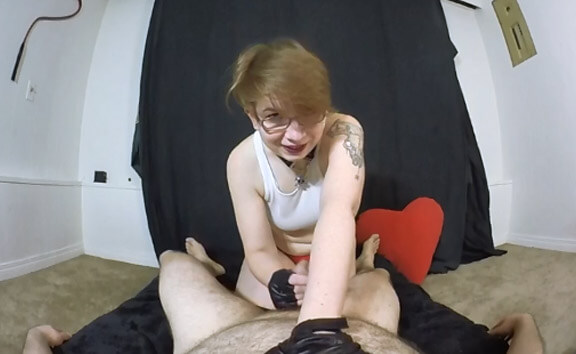 VR Porn Ms. Savage Uses Your Pathetic Penis