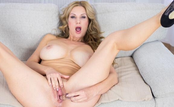 VR Porn Carol Goldnerova Casting