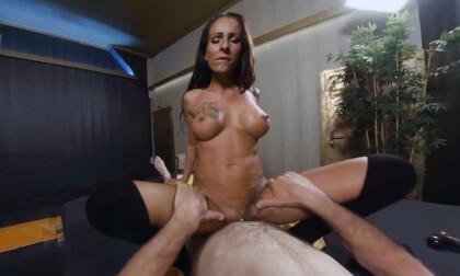 VR Porn Valentina Massage