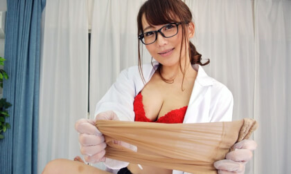 VR Porn Mao Kurata – Beautiful Female Doctor Home Visitation Part 1