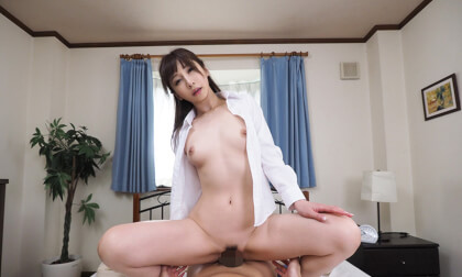 VR Porn Aki Sasaki – I Might be the Newcomer, But I'm Living with the Boss Part 3
