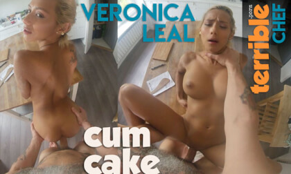 VR Porn Cum Cake