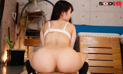 VR Porn Hinamo Samisaka – The Virgin in our Class is Getting Treated Like a Slut Part 2
