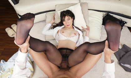 VR Porn Rika Ayumi – Are you Tempted? My Sister-in-Law Came Home wearing Sexy Black Pantyhose Part 2