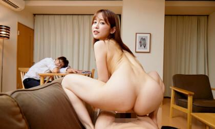 VR Porn Yuu Shinoda – Yuu Shinoda Cheats in front of her Sleeping Husband