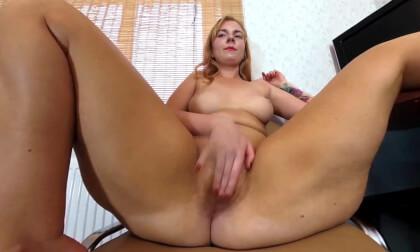VR Porn Agneta Masturbates Hairy Pussy