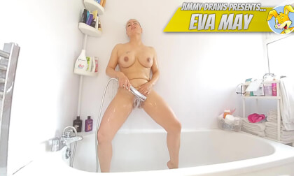VR Porn Eva May, Bathtime Voyeur