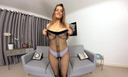 VR Porn Lottii Rose