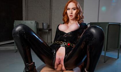 VR Porn Black Widow A XXX Parody