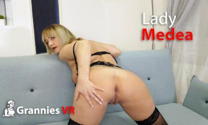 VR Porn Lady Medea