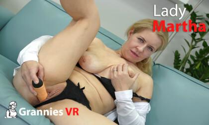 VR Porn Lady Martha Solo