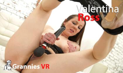 VR Porn Valentina Ross Solo