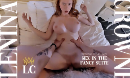 VR Porn Sex in the Fancy Suite