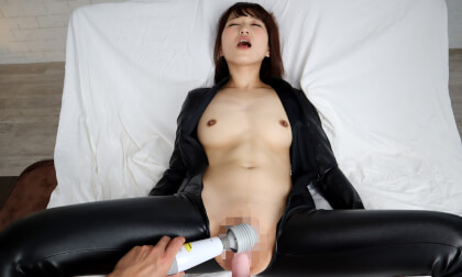VR Porn Anna Momoi – Take What You Want! the Investigators Busty Body