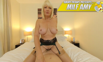 VR Porn Milf Amy, Fucking The House Quest