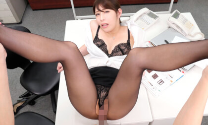 VR Porn Rui Hitzuki, Tsukasa Nagano – Stocking Fetish VR – Tempting you in the Office