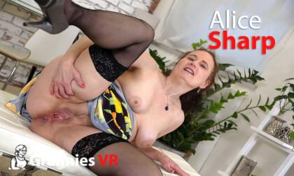 Alice Sharp - Granny Solo
