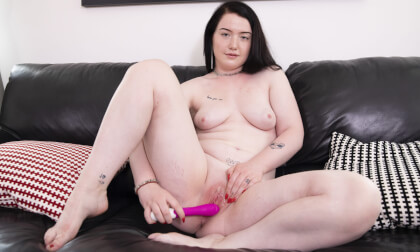 Viktorie - Solo - Young Amateur Viktorie Plays With Her Toy