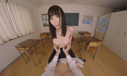 VR Porn Yui Tomita – Deep Kissing Innocent Maiden