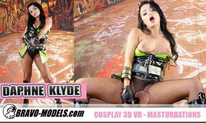 VR Porn 389 - Daphne Klyde