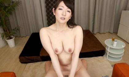 VR Porn Yuri Nikaidou – Big Tits at Home While her Husband Heals