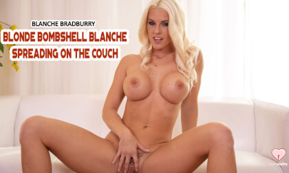VR Porn Blonde Bombshell Blanche Spreading On The Couch