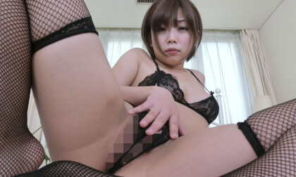 VR Porn Mana Sakura – She Looks into Your Eyes and Whispers as She Masturbates with You