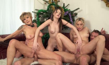 VR Porn Christmas Perverse Stepfamily