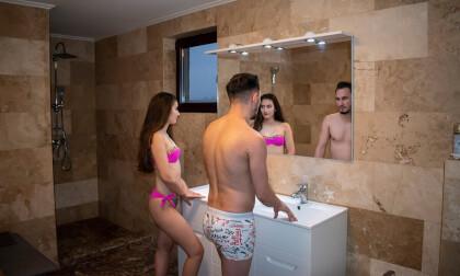 VR Porn Shower Buddies