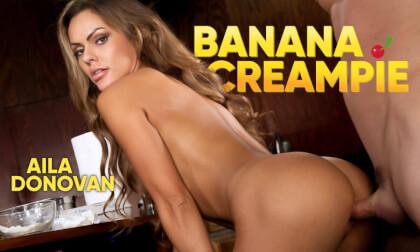 VR Porn Banana Creampie