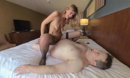 VR Porn Porn Star Leah Winters Fucks and Sucks Tad Pole Part 2 of 3