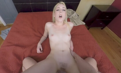 VR Porn Natural High VR: 310 Minute White Girl Special Part 1