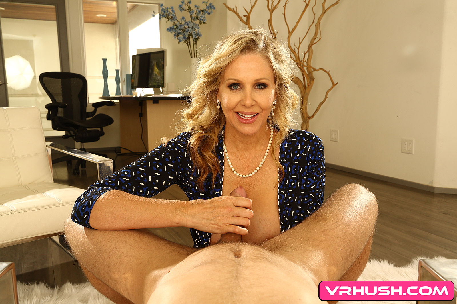 Julia Ann & VRHush | SexLikeReal