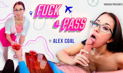 VR Porn Fuck & Pass