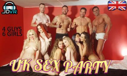 VR Porn UK Sex Party (4 guys, 6 girls)