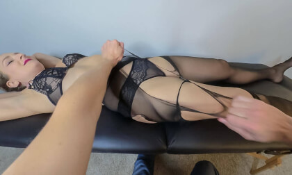 VR Porn Inside Her Thoughts Massage: Rip Pantyhose and Have an Eargasm with Office Lady