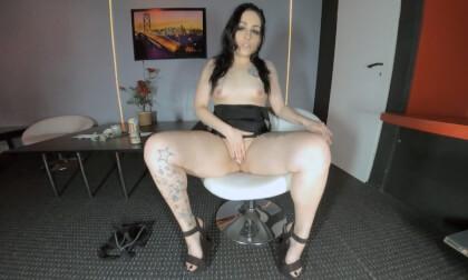 VR Porn Lucy - Best Young Milf  Around