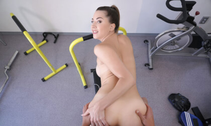 VR Porn Fitness Babe