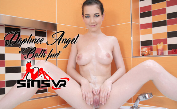 VR Porn Daphnee Angel - Bath Fun