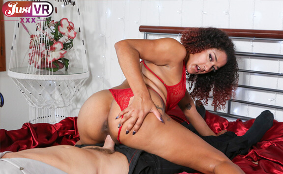 VR Porn Daisy Pays Her Husband's Debt