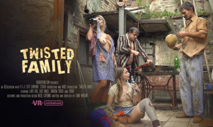 VR Porn Twisted Family