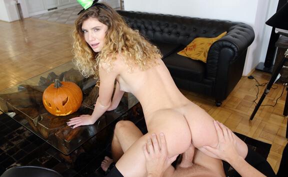 VR Porn Sister Meets My Halloween Monster