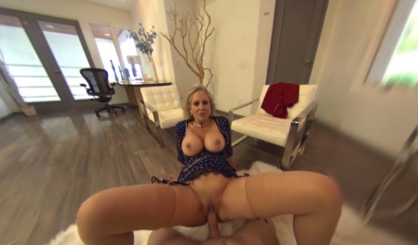 Julia Ann & PornHubVR | SexLikeReal