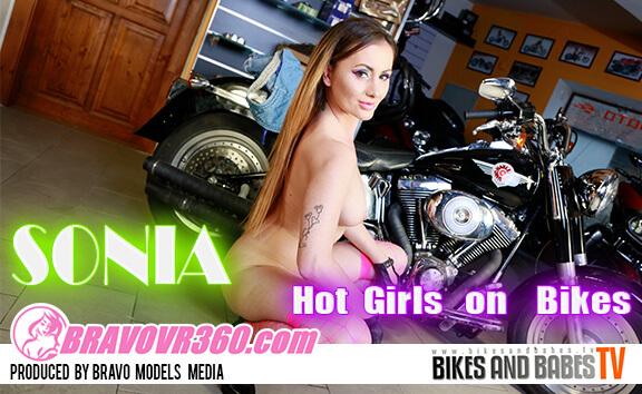 VR Porn 194 - Sonia