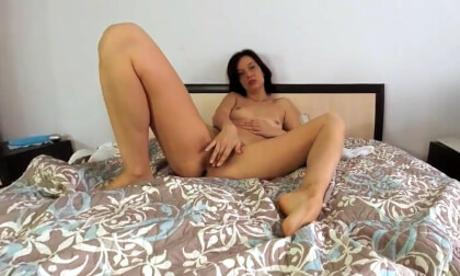 VR Porn Stefania in the Bedroom