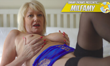 VR Porn UK Milf Amy Pleasures Herself