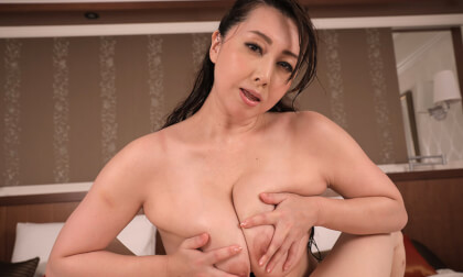 VR Porn Yumi Kazama – I'm Just a Normal Guy Who Won a Contest to Date a JAV Star Part 3